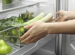 Cara Menyimpan Buah dan Makanan di Kulkas Agar Tetap Bergizi